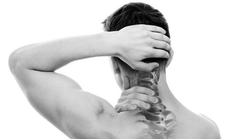 Top 7 Home Remedies for Neck Pain